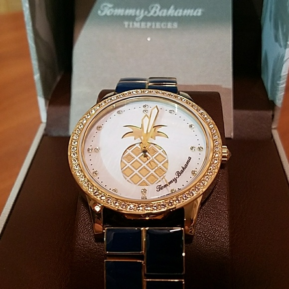 tommy bahama accessories